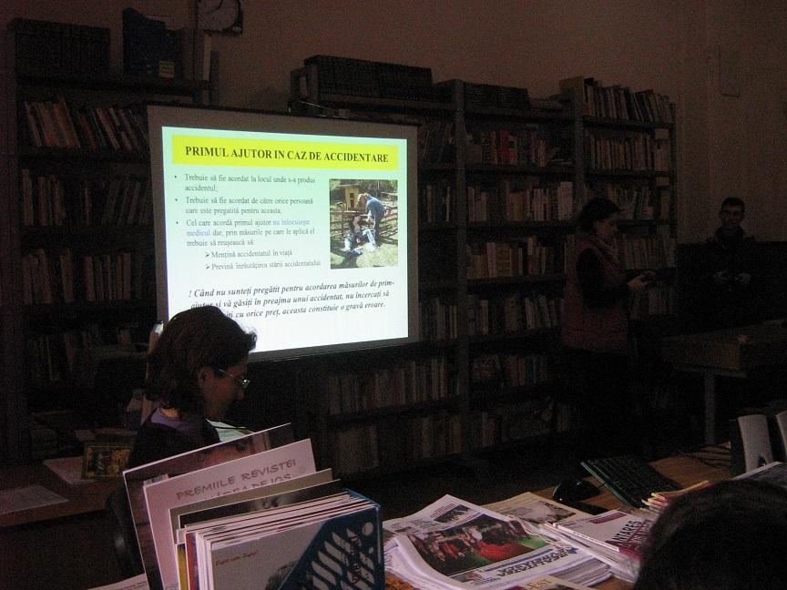 Sesiune de comunicari stiintifice la Biblioteca Municipala